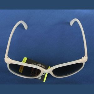 vintage Foster Grant Sport sunglasses new w/tag